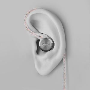 CL750-ear-thumbnail