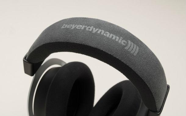 PIC_Amiron-home_16-09_headband_v1