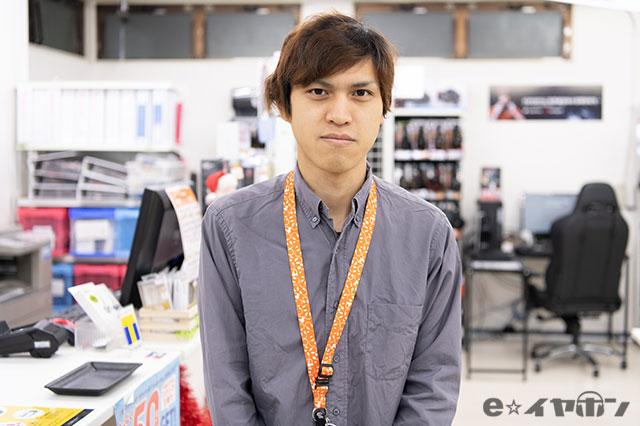 e☆イヤホン 大阪日本橋本店 店頭スタッフ スミス(あだ名)