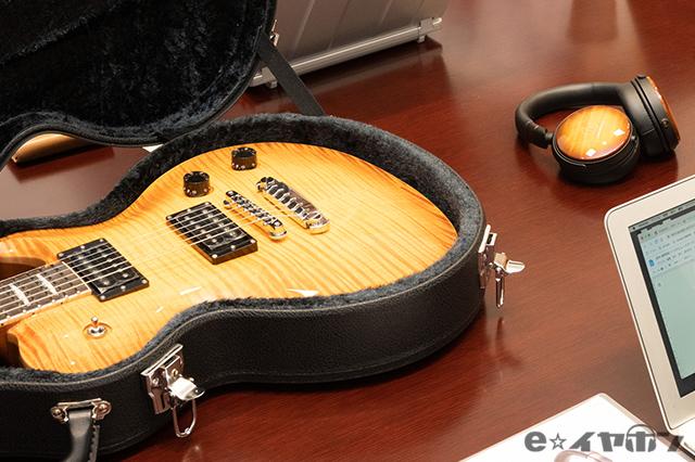 """ATH-WP900では、""""フレイムメイプル""""ハウジングの加工から塗装までの工程を、日本を代表するギターメーカー、フジゲン株式会社にて実施。"""